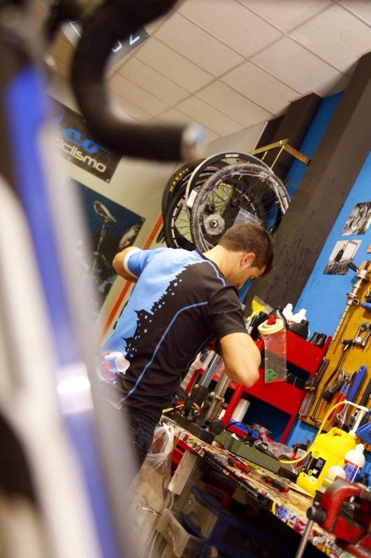 taller-de-reparacion-de-bicicletas-en-toledo-2