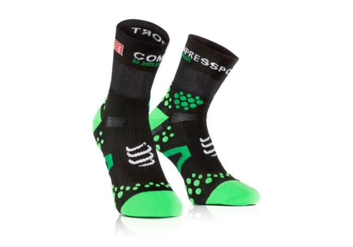 Calcetines Compressport Proracing Socks V2-1 negro-verde