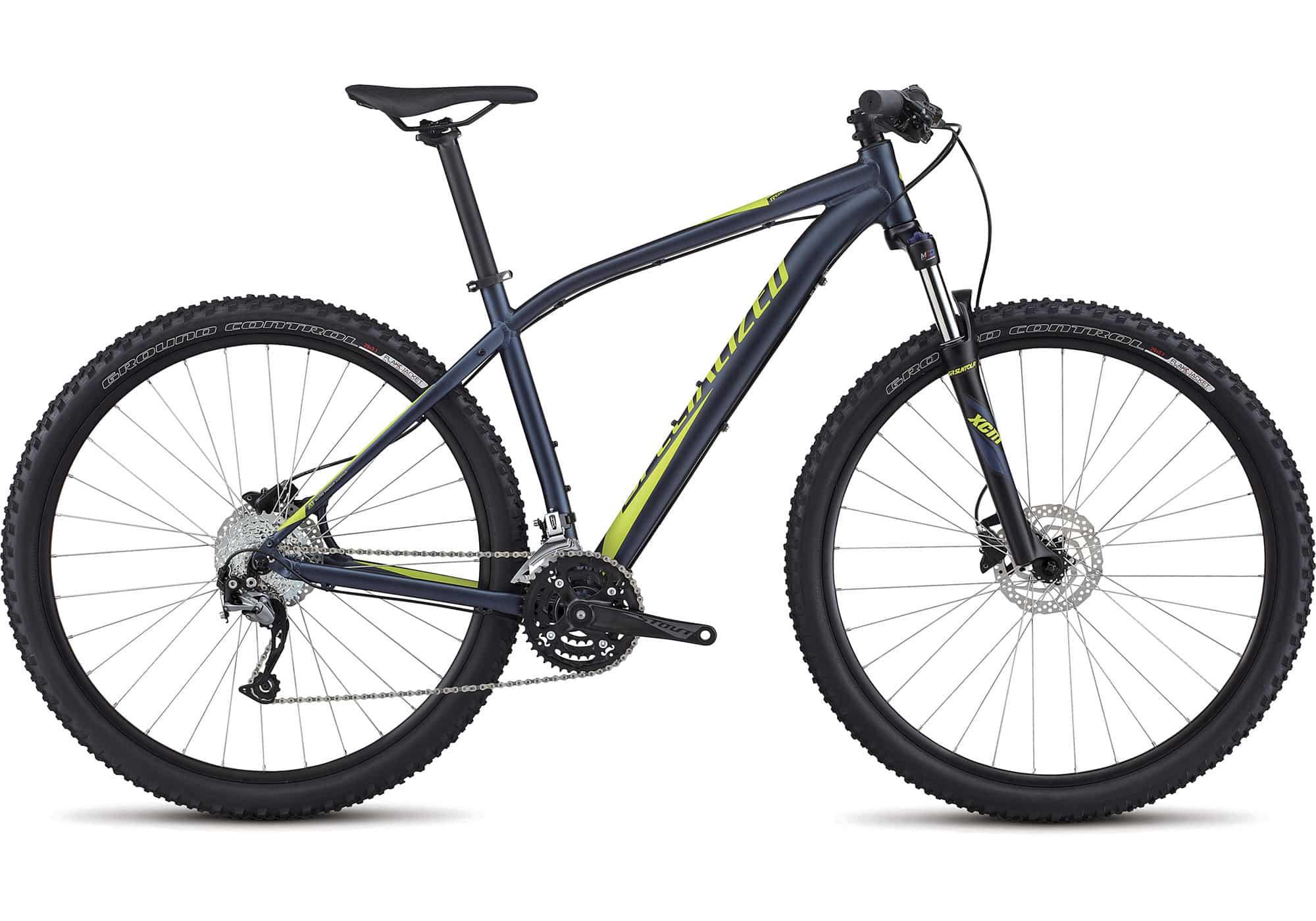 Specialized Rockhopper sport 2017. Tal vez ya seas todo un experto de los senderos o que te acabe de picar la curiosidad por pedalear por tierra, pero sea como sea, la Rockhopper Sport 29 es tu bici perfecta para cumplir tus sueños.
