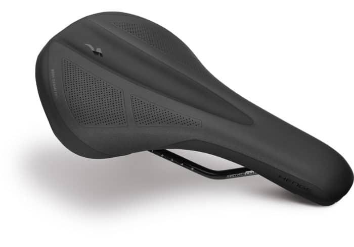 Sillín MTB Specialized Henge Comp. El Henge Comp es el sillín perfecto para cualquier disciplina de MTB, con su trasera redondeada, amplia y plana superficie de apoyo para mayor comodidad. Encontrarás 2 tamaños disponibles para dar mejor soporte según la medida de tus isquiones. Cuenta con raíles de Cr-Mo y tornillos compatibles con SWAT™.